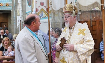 Ukrainian Ambassador Attends Cathedral Water Blessing